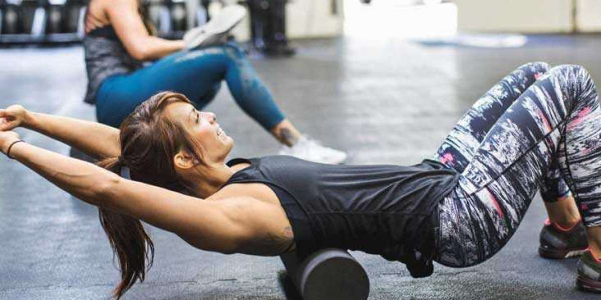 How to Foam Roll Properly for Fast Recovery