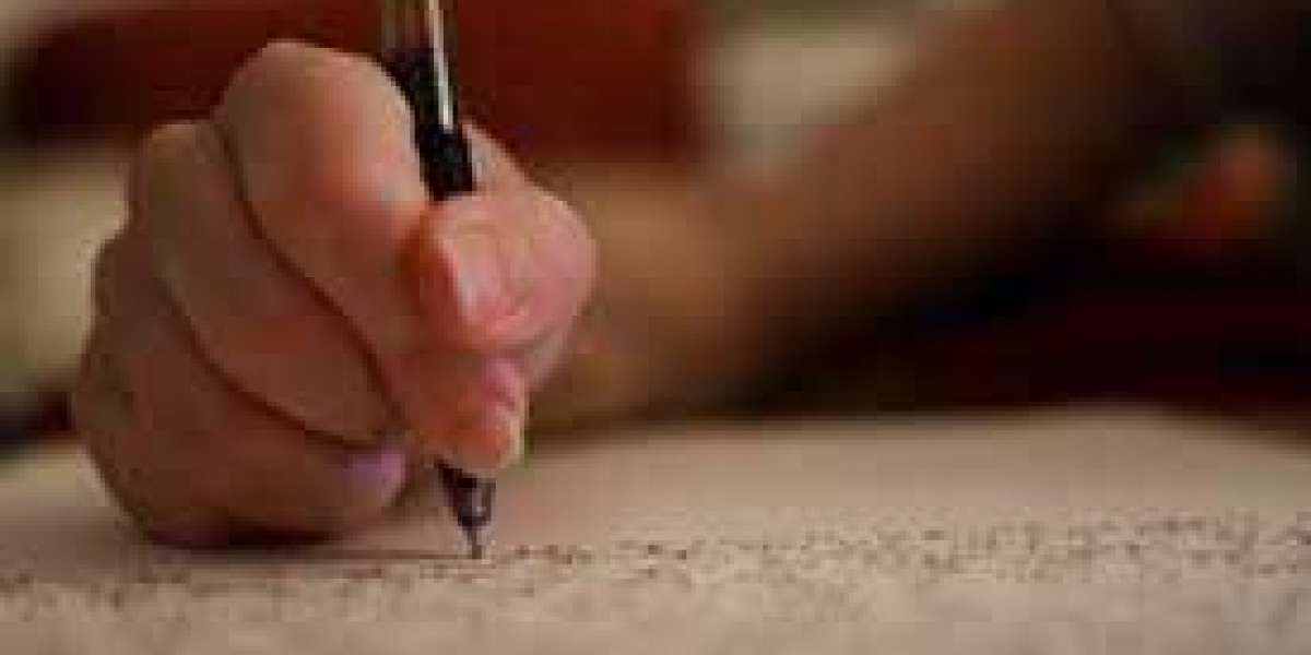 Handle Difficult Topics with Ease by Buying Model Essays Online