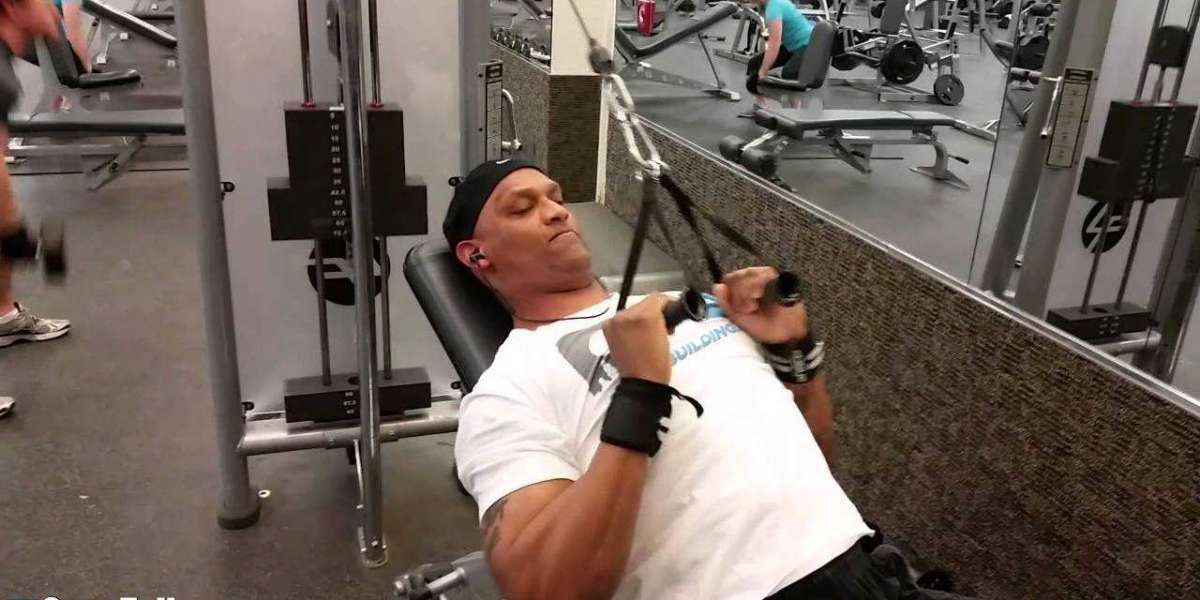 Lat Pulldown Alternative Exercise Without Equipment