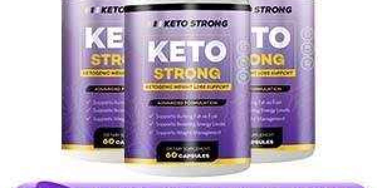 What are the key ingredients present in Keto Strong?